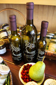 All-Natural Cranberry-Pear White Balsamic